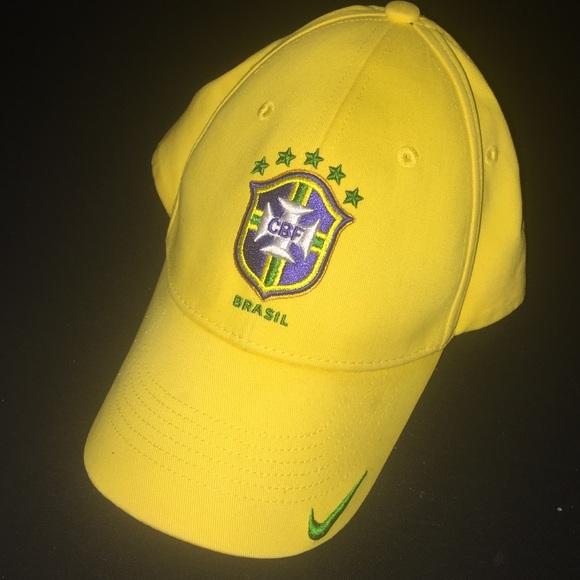 ee01a7e304e nike brazil velcro adjustable hat. M 5a5d73f405f430917a754a62